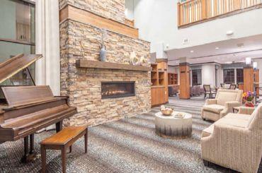 Legend of colorado springs living room