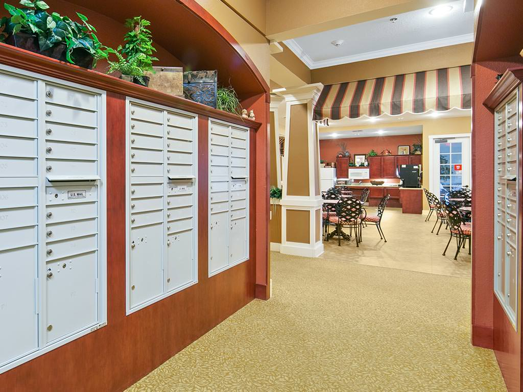 Mail Room leading into Casual Dining Area