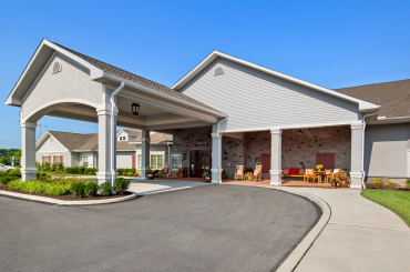 Welcome to a comfortable, social lifestyle at Legend of Allentown.