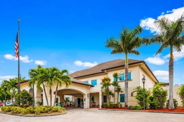 Enjoy a quality lifestyle at The Windsor of Cape Coral.