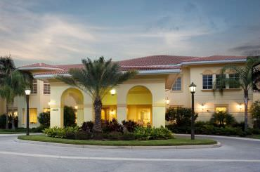 Welcome to a comfortable, social lifestyle at The Windsor of Lakewood Ranch.